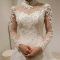ハイネックウェディングドレス